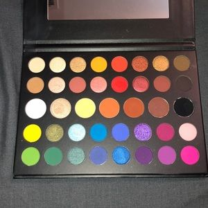 MORPHE x JAMES CHARLES MINI PALETTE